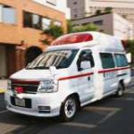 命を繋ごうとする救急車がゆっくり走ってる理由…どうか邪魔しないで下さい…