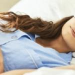 アメリカ海軍が実践している2分で眠れる方法…画期的だと話題に…