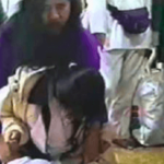 オウム真理教の教祖・麻原彰晃がアジトで発見された時の様子…恐ろしすぎる…