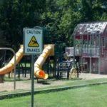 子供の遊び場で撮影された恐ろしい写真10選…不穏すぎて異口同音だと話題に…