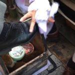 新宿で出会った靴磨きのプロが魅せる技術…ただただ感銘してしまうと話題に…