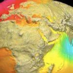 NASAが公開した地球の本当の姿…地球は青くなく、丸くもなかった…